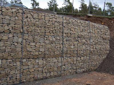 石笼网挡土墙