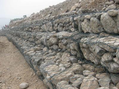 铅丝石笼网箱