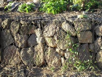 五拧铅丝石笼